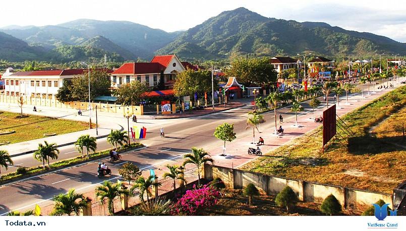 Tour Du Lịch Quy Nhơn 4 Ngày - Gềnh Ráng - Nhơn Lý - Eo Gió Từ Hà Nội - Ảnh 3