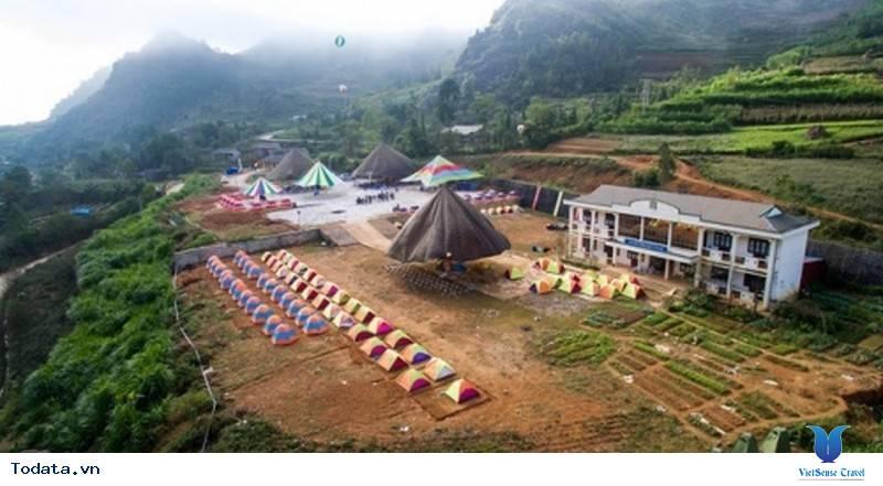 Hà Giang Dựng Khu Lều Bạt Phục Vụ Khách Du Lịch