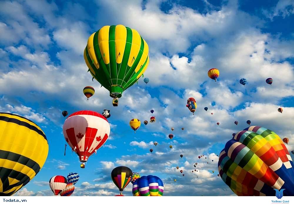 Ngày hội khinh khí cầu ở Hội An