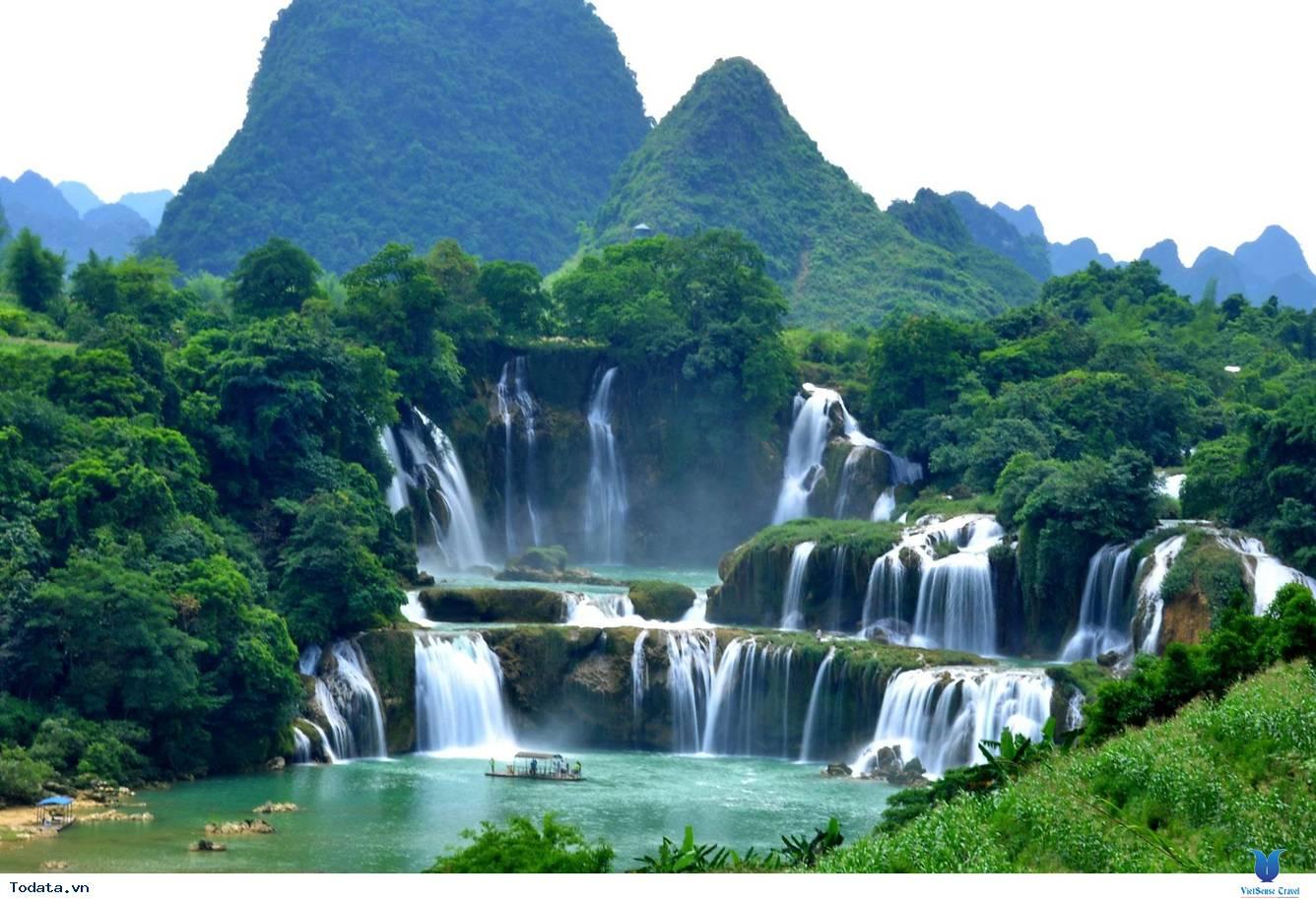 Thác Bản Giốc lọt top 10 thác đẹp nhất thế giới