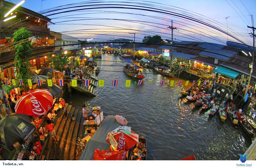 Cùng trải nghiệm chợ nổi Damnoen Saduak tại Thái Lan - Ảnh 3