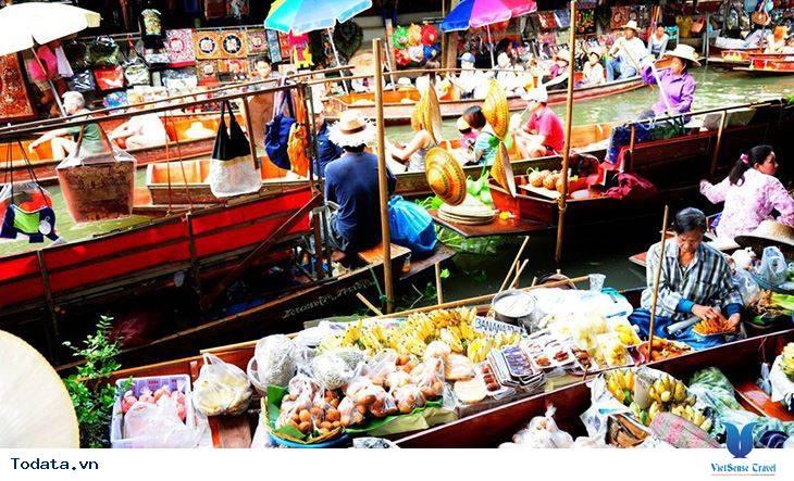 Cùng trải nghiệm chợ nổi Damnoen Saduak tại Thái Lan - Ảnh 2