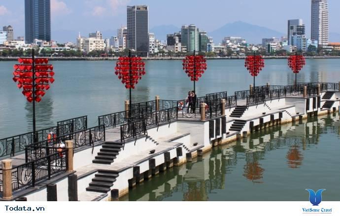 Dạo Bước Nơi Cầu Khóa Tình Yêu Ở Đà Nẵng - Ảnh 9