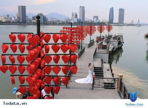 Dạo Bước Nơi Cầu Khóa Tình Yêu Ở Đà Nẵng - Ảnh 2