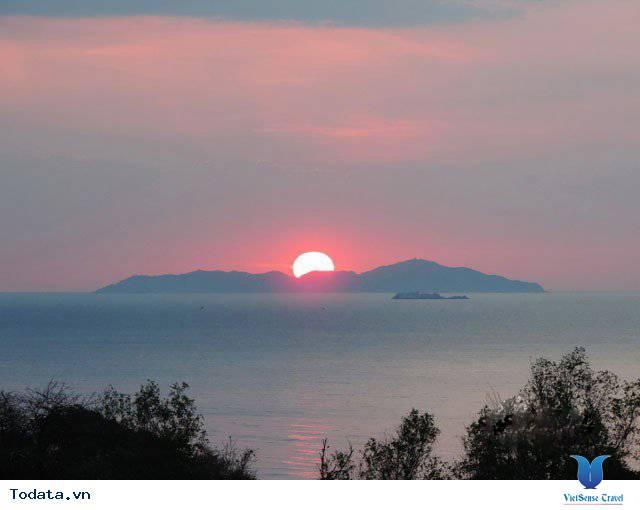 Đến Nha Trang Săn Đón Ánh Bình Minh Tuyệt Đẹp Trên Biển - Ảnh 16
