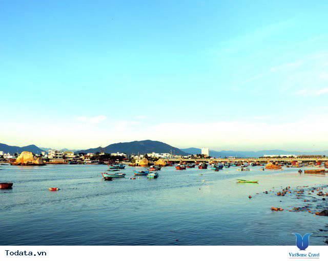 Đến Nha Trang Săn Đón Ánh Bình Minh Tuyệt Đẹp Trên Biển - Ảnh 5