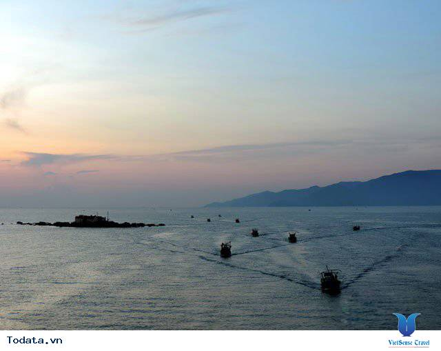 Đến Nha Trang Săn Đón Ánh Bình Minh Tuyệt Đẹp Trên Biển - Ảnh 6