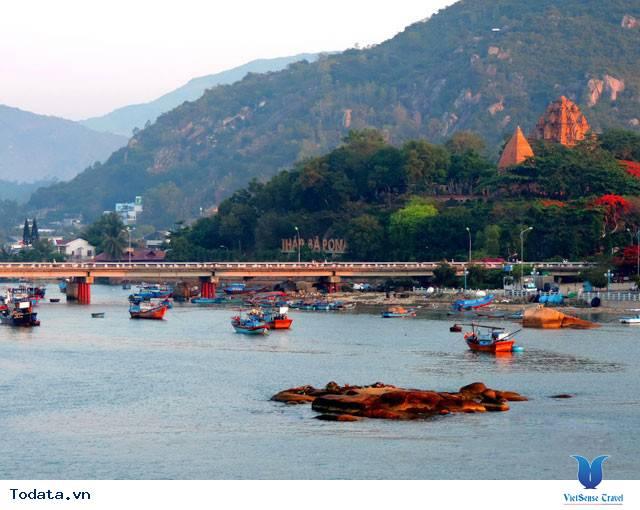 Đến Nha Trang Săn Đón Ánh Bình Minh Tuyệt Đẹp Trên Biển - Ảnh 18