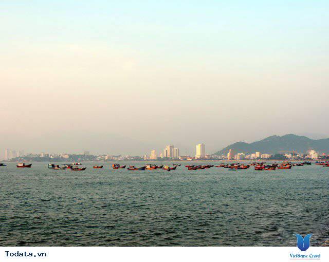 Đến Nha Trang Săn Đón Ánh Bình Minh Tuyệt Đẹp Trên Biển - Ảnh 17