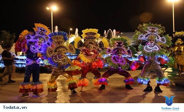 Du lịch Đà Nẵng tham dự lễ hội sắc màu châu Á - Ảnh 1