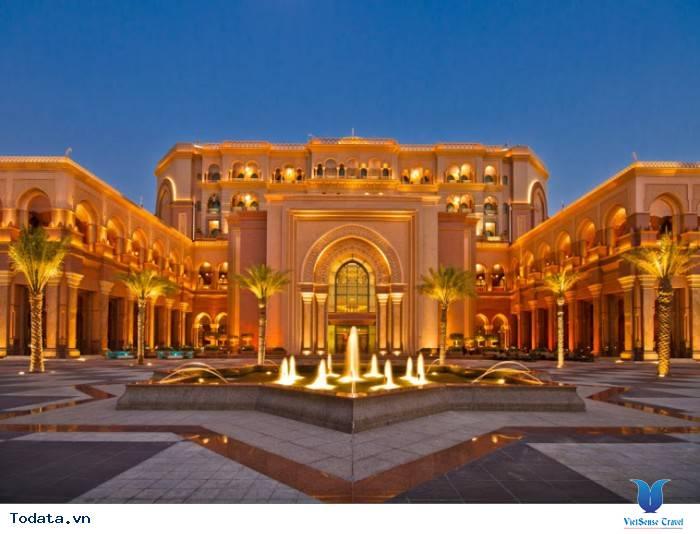 Ghé thăm khách sạn bậc nhất trên thế giới tại Dubai - Ảnh 2
