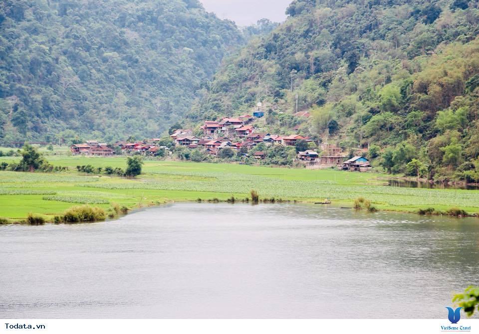 Hồ Ba Bể, Chốn Bồng Lai Nơi Hạ Giới - Ảnh 1
