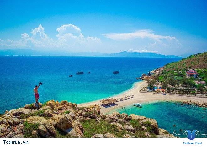 Hòn Nội Đảo Yến - Bãi Tắm Đôi Duy Nhất Ở Việt Nam - Ảnh 2