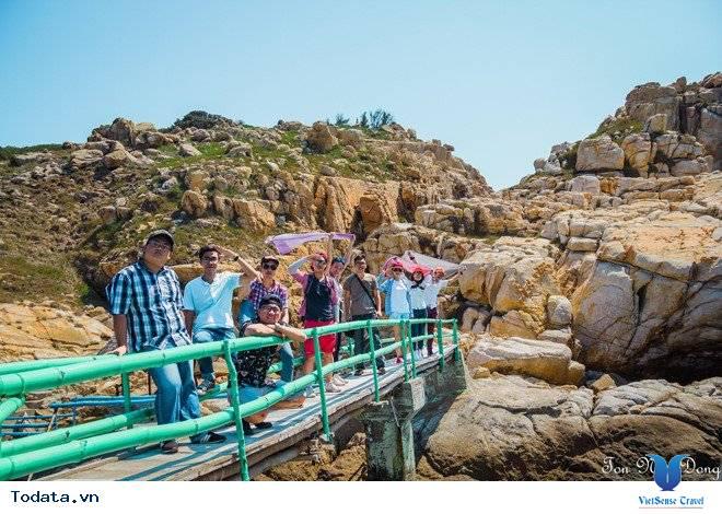 Hòn Nội Đảo Yến - Bãi Tắm Đôi Duy Nhất Ở Việt Nam - Ảnh 6