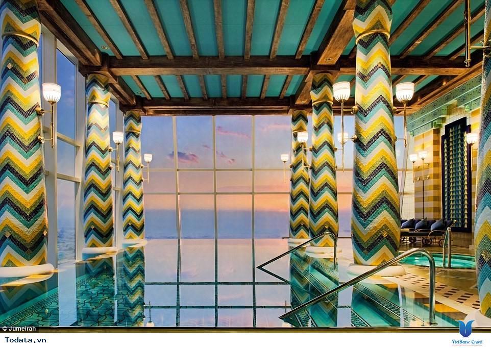 Bên trong khách sạn 7* Dubai - Khách sạn cánh buồm Burj Al Arab - Ảnh 10