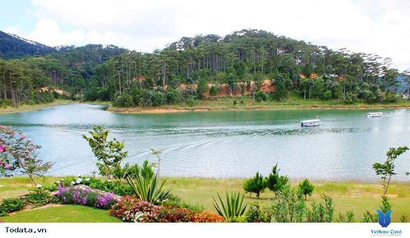 Khu du lịch Hồ Suối Vàng Đà Lạt