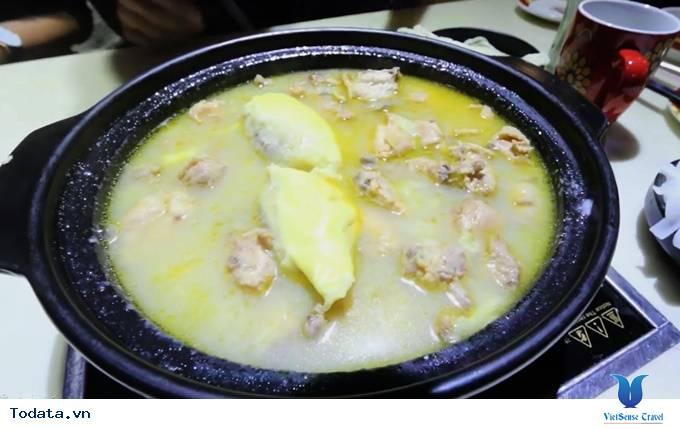 Lạ miệng món ăn lẩu sầu riêng ở Quảng Châu, Trung Quốc - Ảnh 1