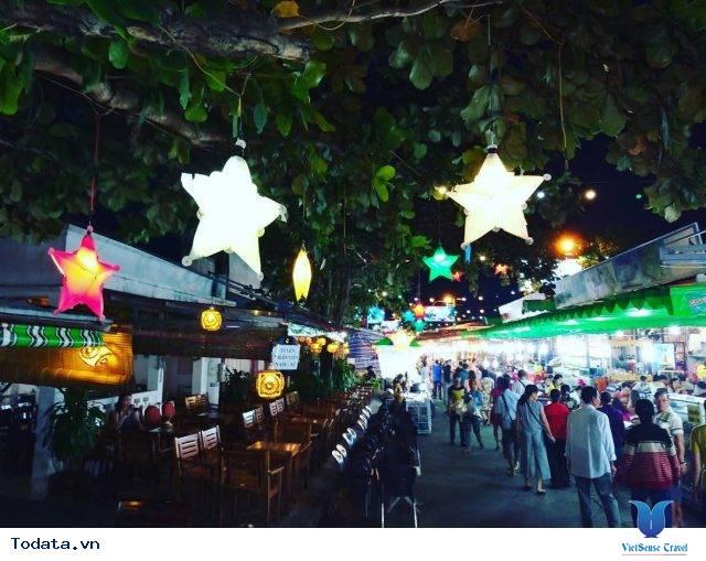 Lạc Lối Ở Chợ Đêm Phú Quốc - Ảnh 2