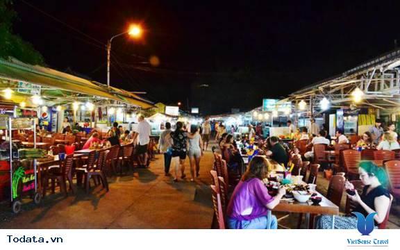 Lạc Lối Ở Chợ Đêm Phú Quốc - Ảnh 6