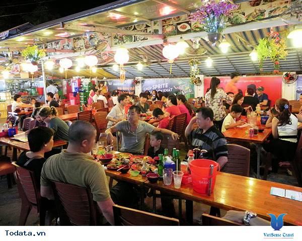 Lạc Lối Ở Chợ Đêm Phú Quốc - Ảnh 3