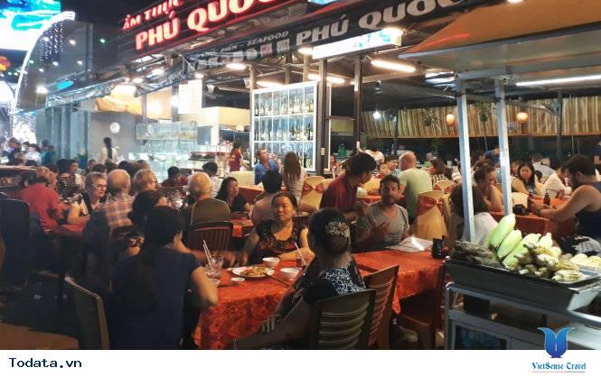Lạc Lối Ở Chợ Đêm Phú Quốc - Ảnh 4