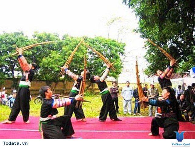 Lễ Hội Khèn Mông - Nét Đẹp Văn Hóa Trên Cao Nguyên Đá Đồng Văn - Ảnh 2