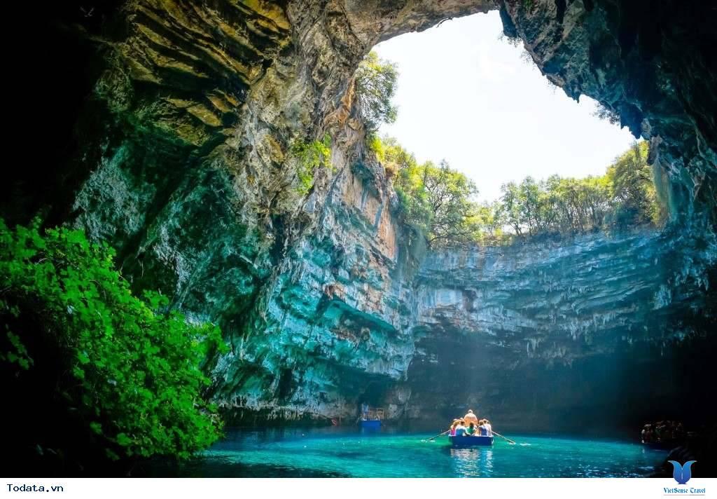 Lý do khiến động Phong Nha thu hút khách du lịch - Ảnh 6