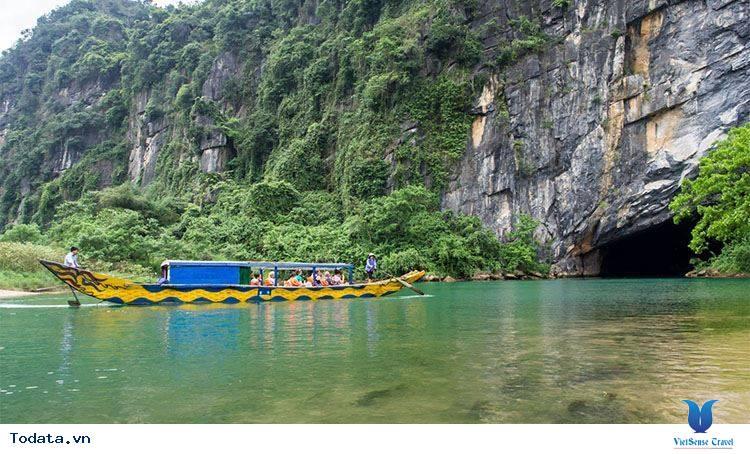Lý do khiến động Phong Nha thu hút khách du lịch - Ảnh 2