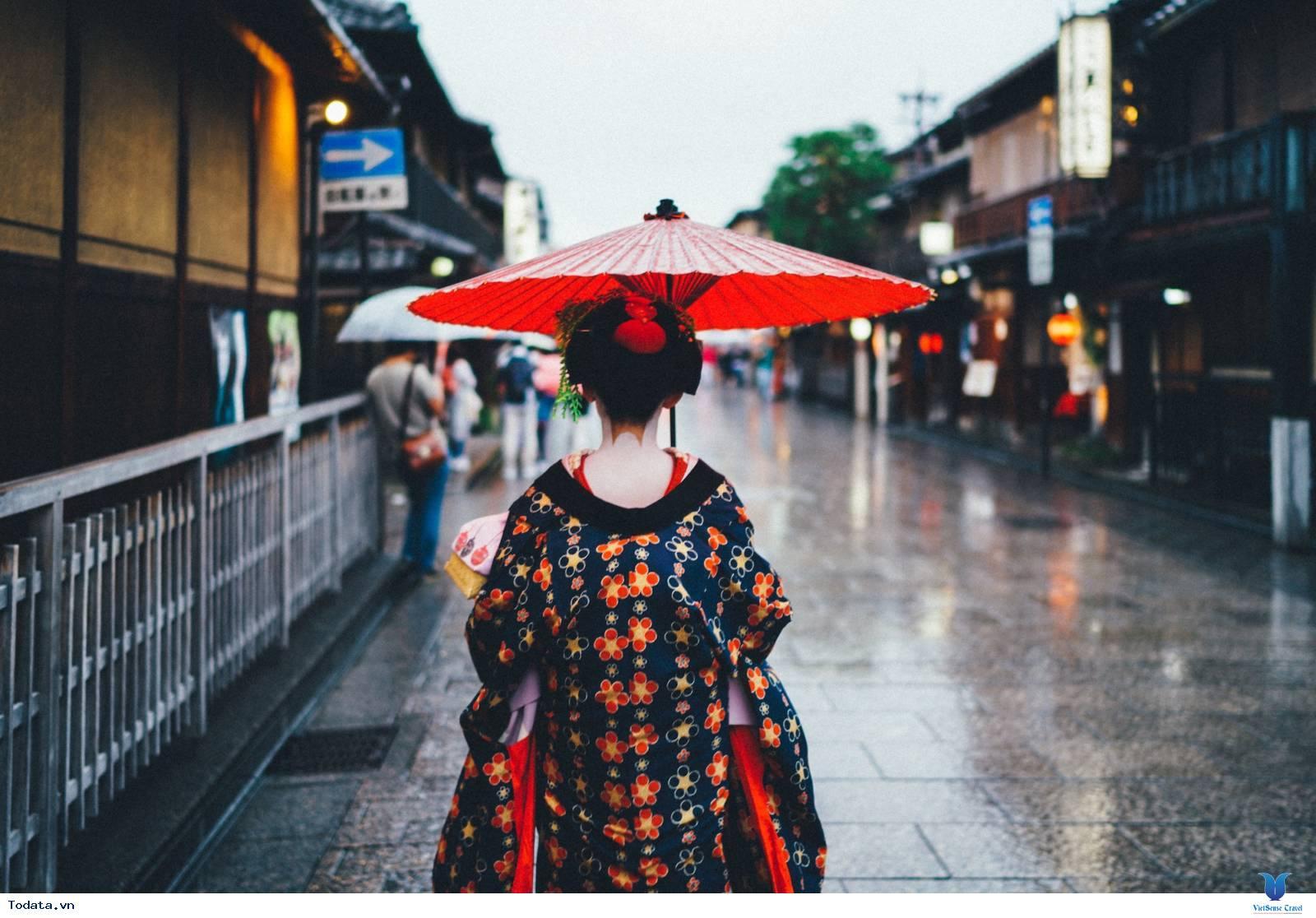 Ngắm càng nàng geisha xinh đẹp ở khu phố cổ Gion - Ảnh 2