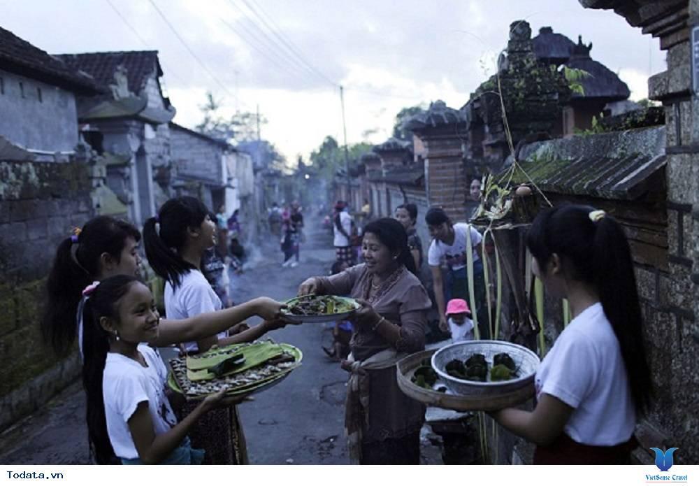 Nghi thức xã giao ở Bali - Ảnh 2