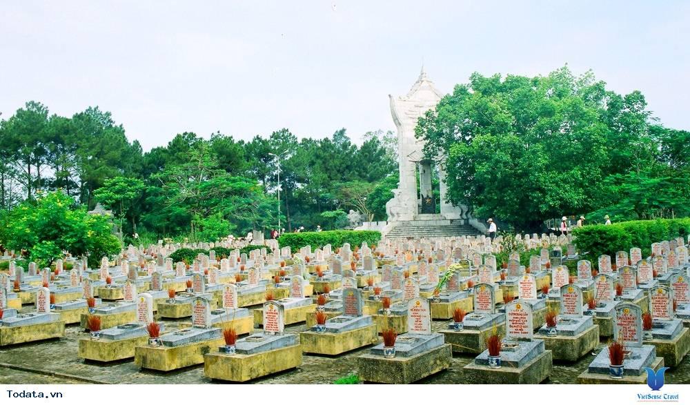 Nghĩa Trang Hàng Dương ở Côn Đảo