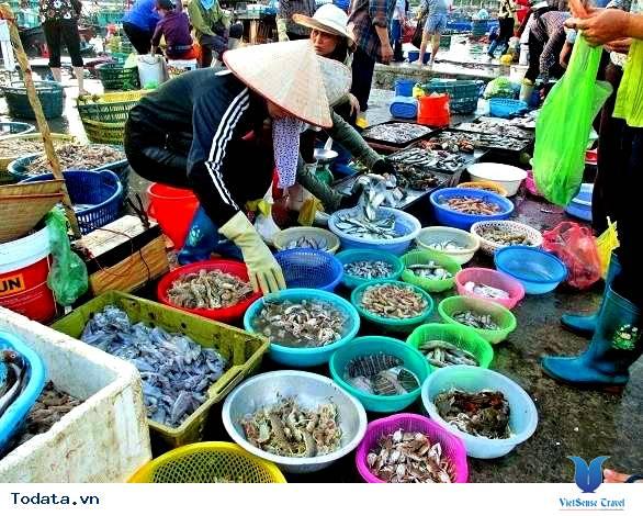 Nhất  Định Phải Ghé Chợ Hải  Sản Khi Đến Cô Tô - Ảnh 6