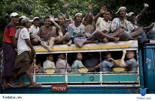 Những Phương Tiện Vận Chuyển Độc Đáo Ở Myanmar - Ảnh 6