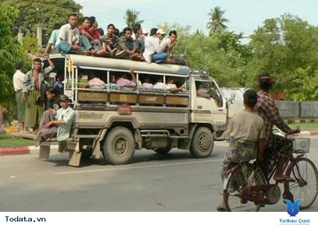 Những Phương Tiện Vận Chuyển Độc Đáo Ở Myanmar - Ảnh 4