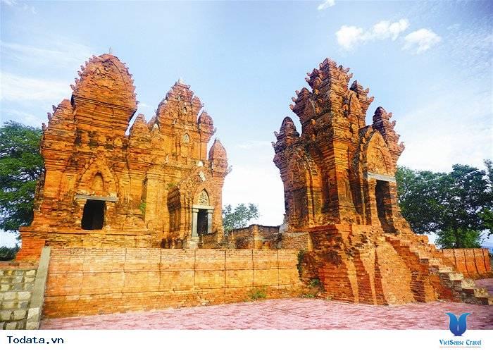 Tháp Chàm đẹp mê hồn tại Ninh Thuận - Ảnh 1