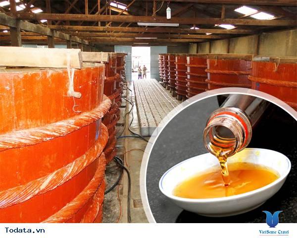 Trải nghiệm độc đáo tại nhà thùng sản xuất nước mắm Phú Quốc - Ảnh 8